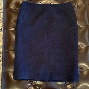 Talbots Navy Women's Boucle skirt size 4